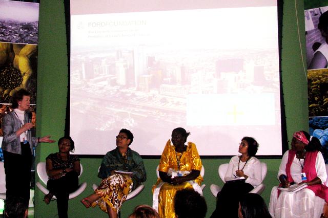 Rio+20 and Women's Lives: A Cross-generational Dialogue