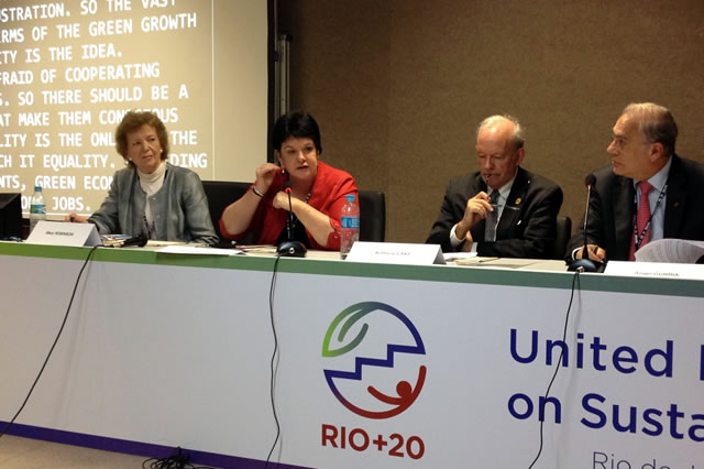 Sustainable Development in an Unequal World: Mary Robinson addresses Club de Madrid event at Rio+20
