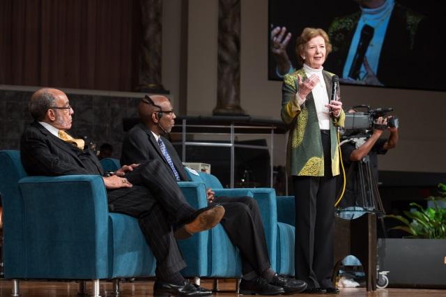 Mary Robinson receives International Freedom Award