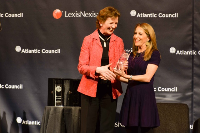 Mary Robinson receives LexisNexis Rule of Law Award