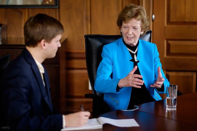 Mary Robinson Calls for Thought Leadership on Climate Action in 2015